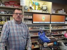 'Opgerot!' Eigenaar tabakszaak Enschede jaagt overvaller weg