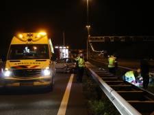 Botsing met beschonken taxichauffeur op A2, bestuurder gewond in middenberm