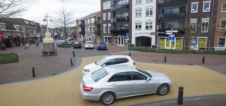 Auto's en fietsen vijf maal vanaf 16.00 uur niet welkom in centrum Wierden