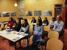 Delegatie uit Myanmar bezoekt Watersnoodmuseum