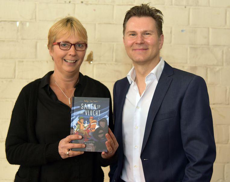 Samen op de vlucht boekvoorstelling van Nadja Van Sever, inleiding door moderator Wim De Vilder