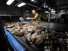 Plastic gewoon weer bij het restafval? In de regio Rotterdam doen ze het al