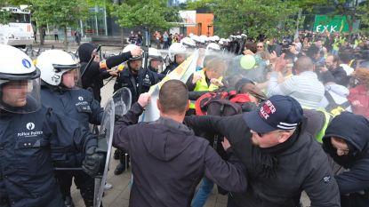 Politie moet pepperspray inzetten tegen gele hesjes aan Noordstation, tweede groep vernielt straatmeubilair in stadscentrum