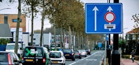Wethouder maakt einde aan illusies: Merwedestraat blijft eenbaansweg