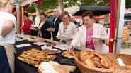 Koesterfeeste maakt van Lijnwaadmarkt gezellig ontbijtterras