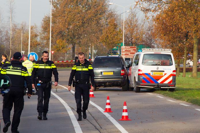 Technisch onderzoek na schietincident op de Weststadweg in Oosterhout.