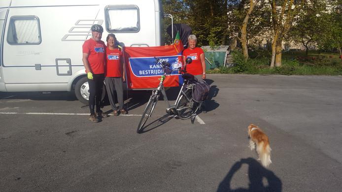 Marcel Warbroek fietst van Portugal naar Terheijden voor KWF.
