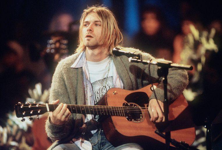 Kurt Cobain van Nirvana tijdens MTV Unplugged in 1993.  Beeld Getty Images