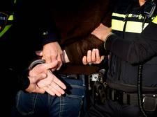 Verdachte gooit breekijzer door autoraam tijdens achtervolging