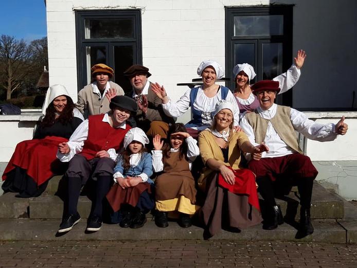 De cast van Lorre, film van regisseur Kaylee Embregts uit Sprundel en videobedrijf DutchMulticam.