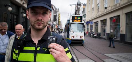 Politie Amsterdam start proef met bodycams