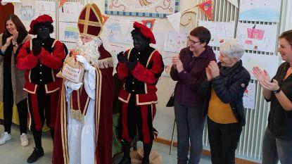 Sint en leerlingen GEBO schenken meer dan 7.000 euro aan goed doel
