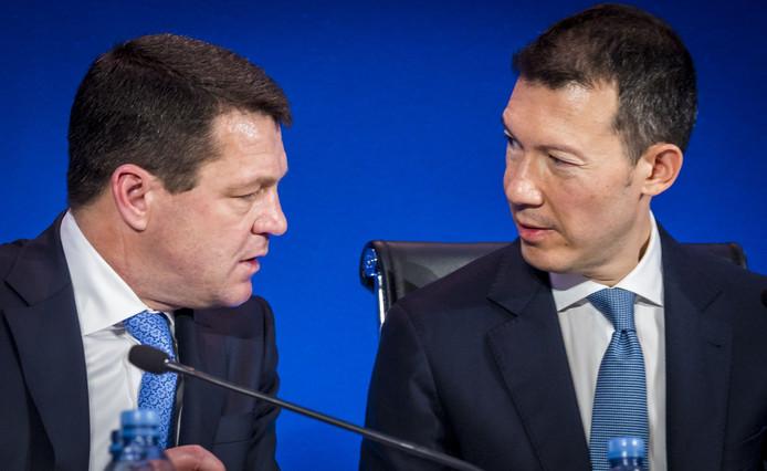 Pieter Elbers en Benjamin Smith tijdens de bekendmaking van de jaarcijfers van Air France-KLM.