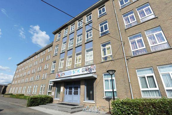 Er zijn verregaande plannen om een polyvalente zaal in het Sint-Theresiacollege te gebruiken voor sport- en culturele evenementen.