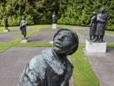 Herdenken in Enschede: 'We staan gepast stil bij 4 en 5 mei'