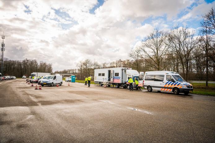 Grote verkeerscontrole tussen Nuenen en Helmond.
