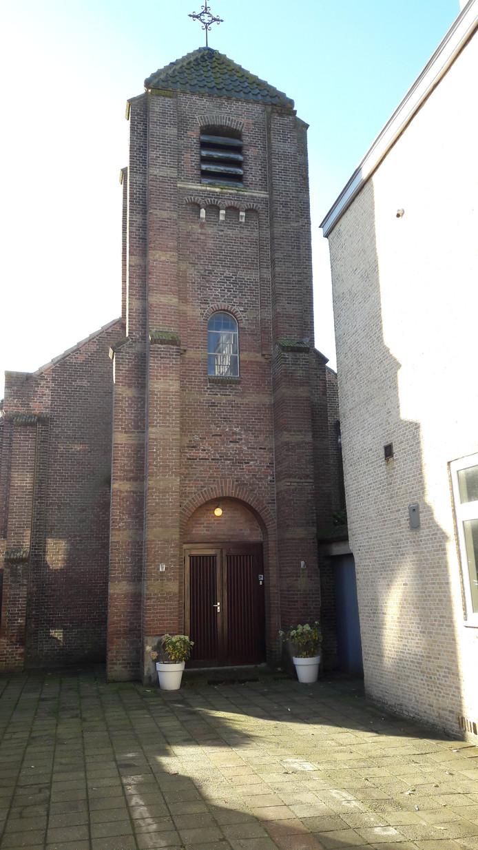 De voormalige rooms-katholieke kerk aan de Landpoortstraat in Willemstad.