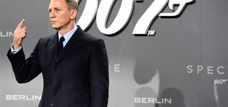 Daniel Craig belooft vrouw minder stuntwerk