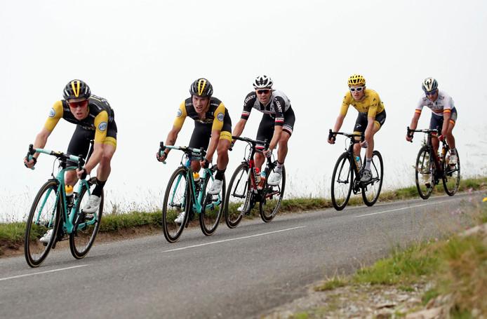 Steven Kruijswijk, Primoz Roglic en Tom Dumoulin voor Geraint Thomas en Gorka Izagirre.