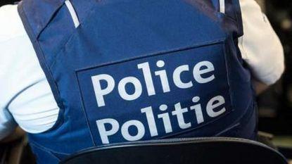 Tien mensensmokkelaars aangehouden voor versluizen van transmigranten uit Brussel