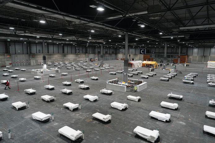 Le centre des expositions IFEMA de Madrid transformé en hôpital d'urgence pour soigner les malades touchés par le nouveau coronavirus.