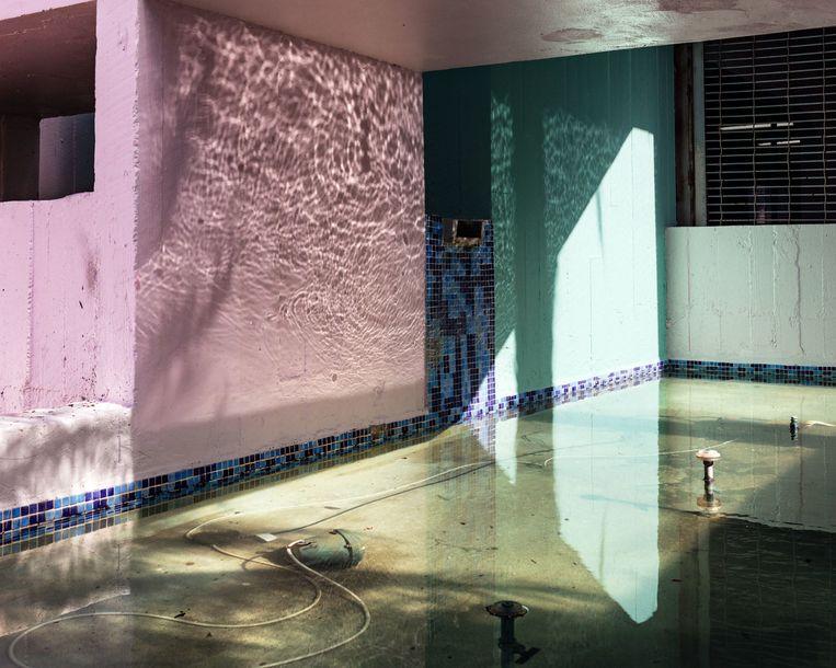 Anastasia Samoylova - Fountain (2017), Galerie Caroline O'Breen  Beeld GALLERY VIEWER