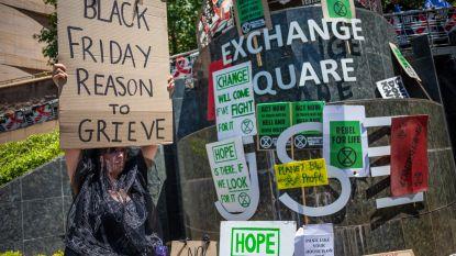 20-tal Extinction Rebellion-activisten opgepakt die actie wilden voeren tegen Black Friday