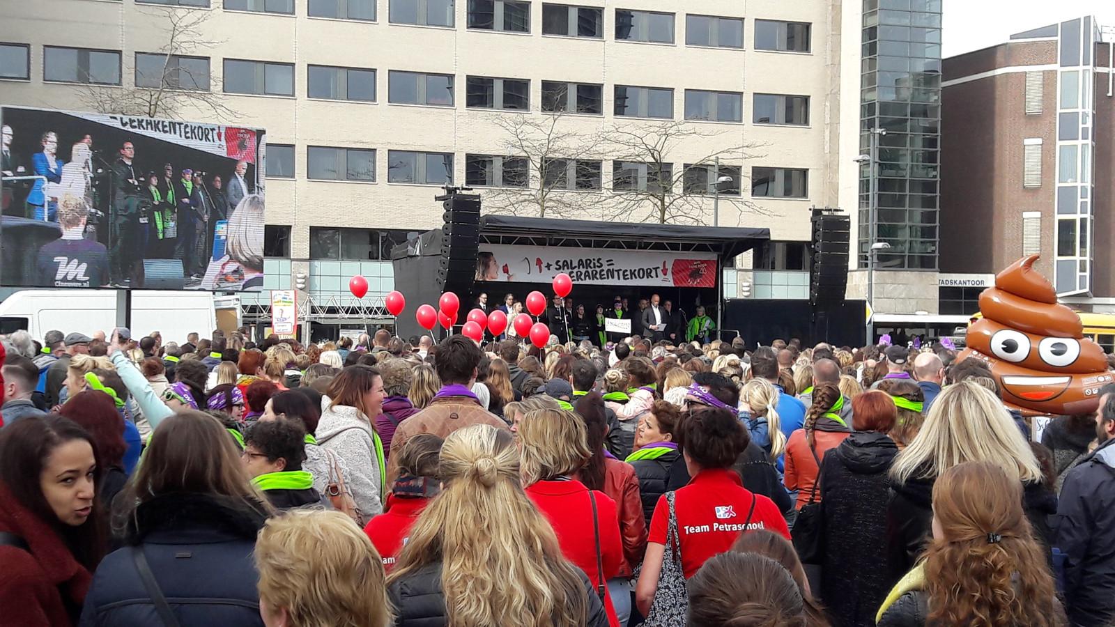 In de afgelopen twee jaar waren er al vier eerdere actiedagen in het onderwijs, zoals hier op het Stadhuisplein in Eindhoven.