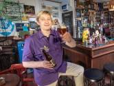 Chemicus Jeroen (40) gooide zijn carrière totaal om en runt nu een succesvol biercafé