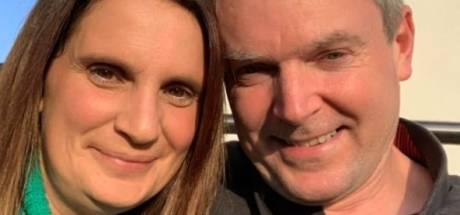 Britse vrouw (45) voor 22ste keer moeder geworden: 'Doodeng om nu in ziekenhuis te bevallen'