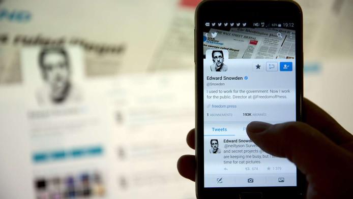 De bekendste klokkenluider ter wereld zit sinds gisteren op Twitter.