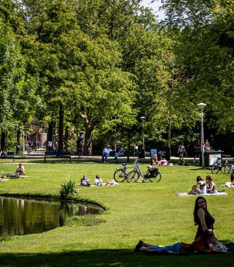 Lekker naar het park? Niet overal is plek en blijf vooral in de cirkels zitten