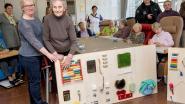 Activiteitenwand prikkelt zintuigen van senioren