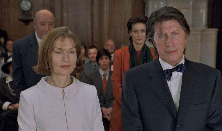 Isabelle Huppert en Jacques Dutronc in Merci pour le chocolat. Beeld