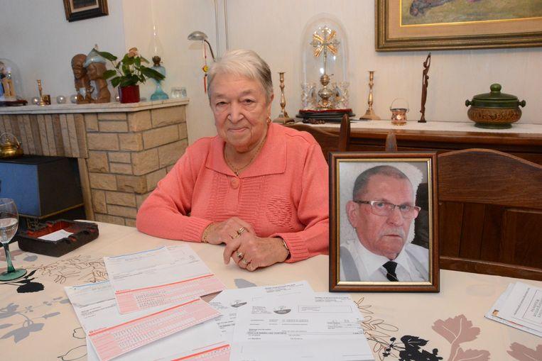 Lucia Foubert verloor in juli haar man en krijgt er nog een factuur van 2.150 euro bovenop voor een verblijf van welgeteld één nacht in het rusthuis.