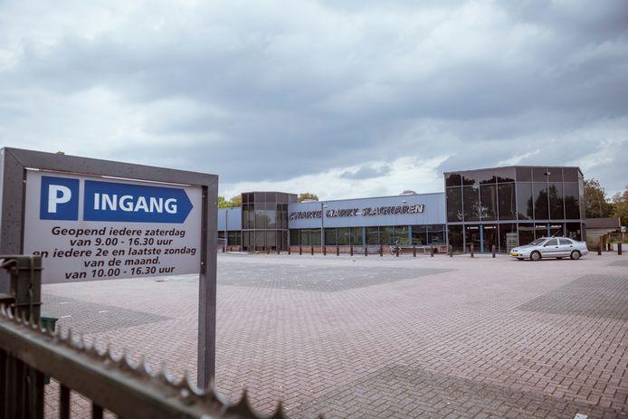 De Zwarte Markt Slagharen blijft na 22 jaar voorgoed gesloten.