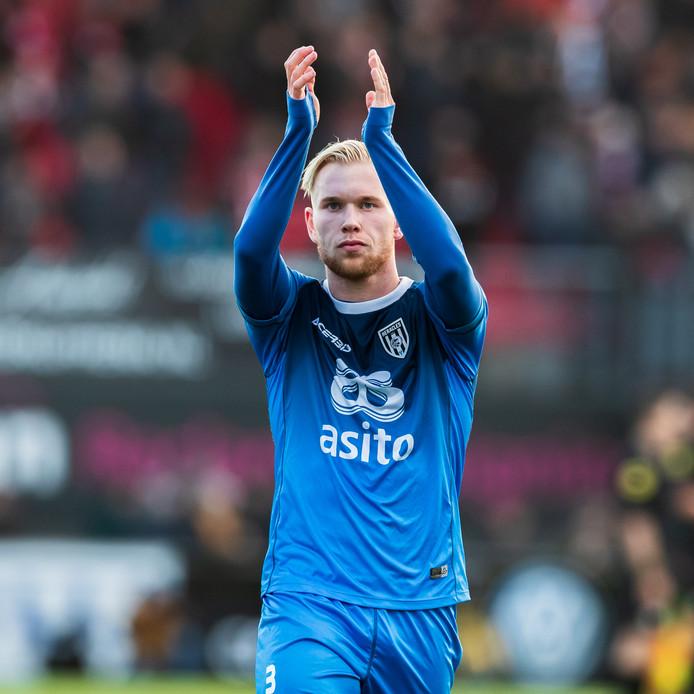 Lennart Czyborra speelde afgelopen zondag zijn laatste wedstrijd voor Heracles. De speler vertrekt per direct naar Atalanta Bergamo.