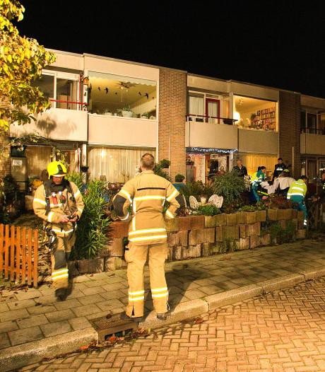 Bewoonster ademt rook in bij brand in Dordtse aanleunwoning