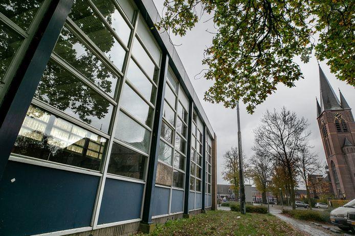 De oude gymzaal in Deurne Zeilberg werd in 2015 gesloten en een oplossing laat nog altijd op zich wachten.