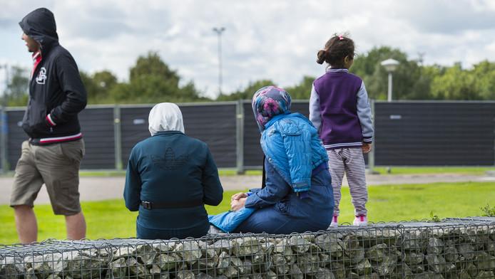 Vluchtelingen bij de opvang in Oirschot