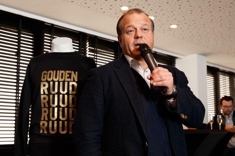 Club Bruggen en voorzitter Verhaeghe voeren de forcing om terug te keren naar een traditionele competitie met 20 (of 18) clubs.