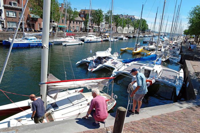 De haven in de Vesting is erg populair bij watersporters en recreanten. Er zijn ook geregeld evenementen.