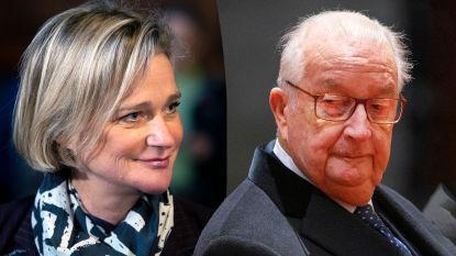 Krijgt ze ook titel van prinses? Delphine Boël en koning Albert kruisen degens pas op 10 september