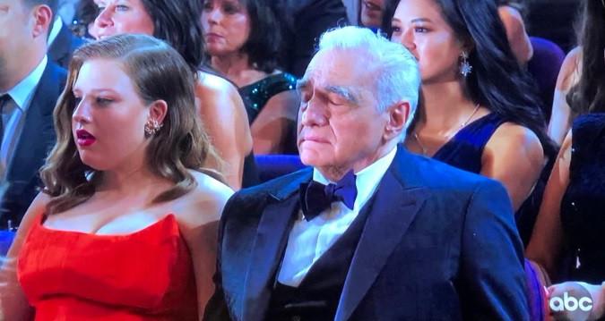 Martin Scorsese devant la prestation d'Eminem.