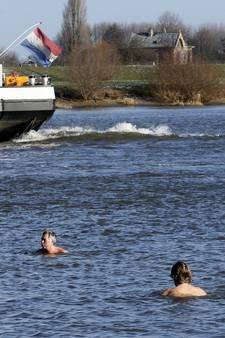 Zwemmen in rivier of kanaal? Vaak levensgevaarlijk en verboden