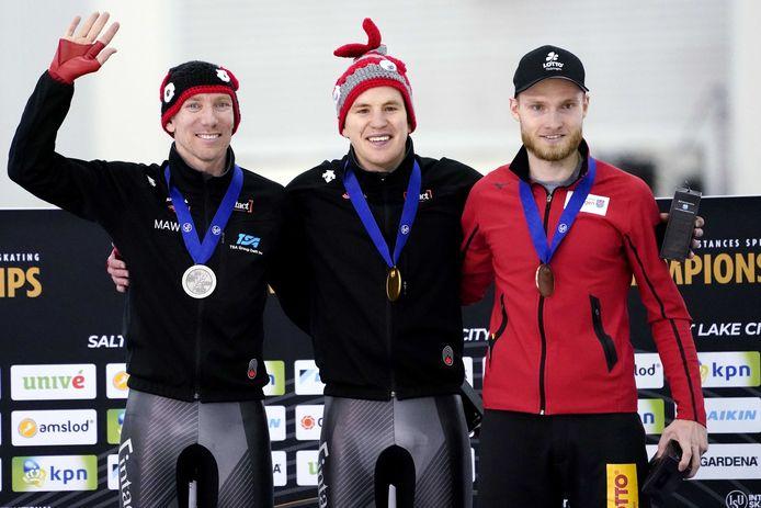 Het podium op de 10 kilometer: Ted-Jan Bloemen, Graeme Fish en Patrick Beckert.