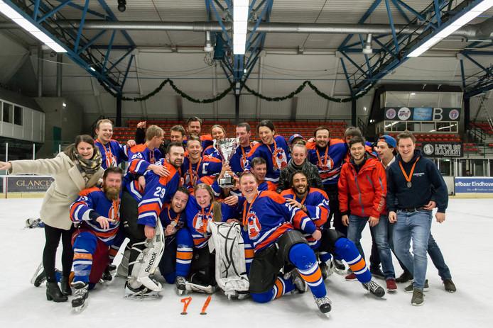 De kampioensploeg van de Icehawks.