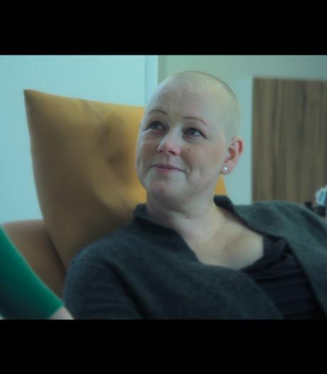Sylvia Struiwigh in Pink Ribbon-commercial: 'Niemand zal mij ooit vergeten'