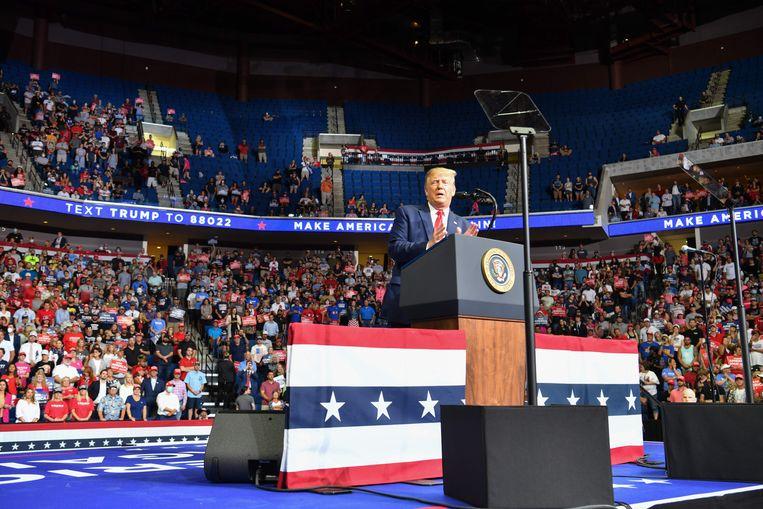 Trump op zijn vorige grote campagnemeeting in Tulsa, Oklahoma.