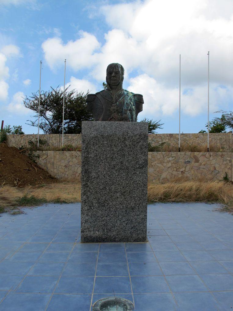 Buste Albert KIkkert, Spaanse Water, Curacao Beeld Elly Baltus